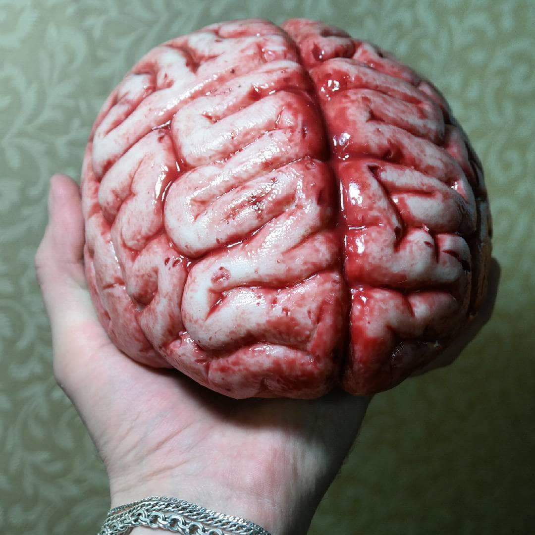 это картинка мозги в руке высокие